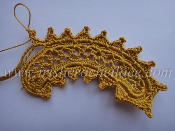 Crocheted Chestnut Leaf