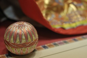 Make Your Own Temari Christmas Ornaments This Year
